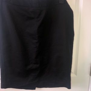 Up to the knee pin skirt only worn 1 time